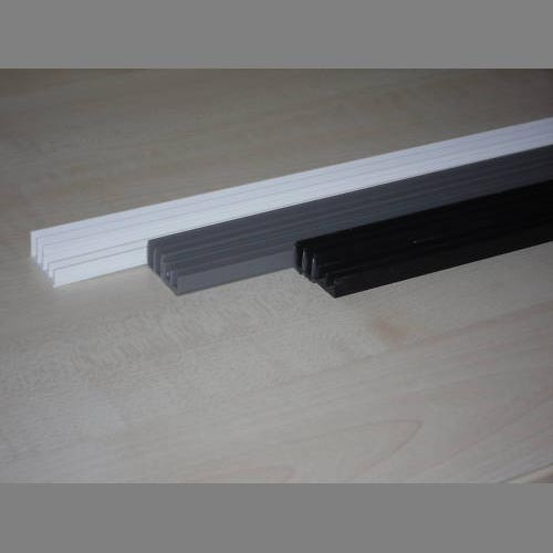 Glasführungsprofil schwarz 6 mm - 200 cm oben